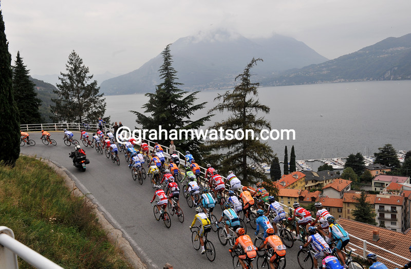 The 2008 Giro di Lombardia climbs above Lake Como