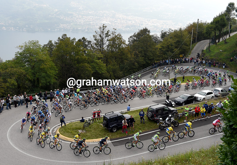 The peloton in the 2014 Il Lombardia