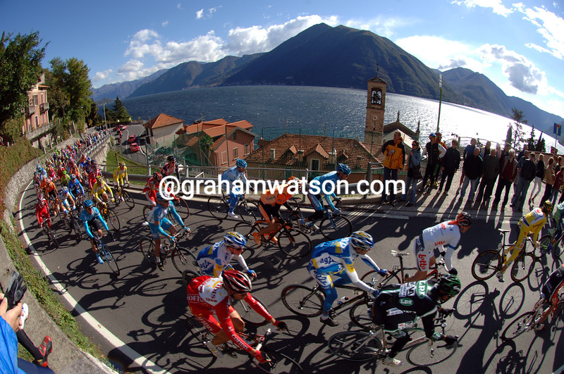 THE 2007 GIRO DI LOMBARDIA CLIMBS THE PASSO D'INTELVI