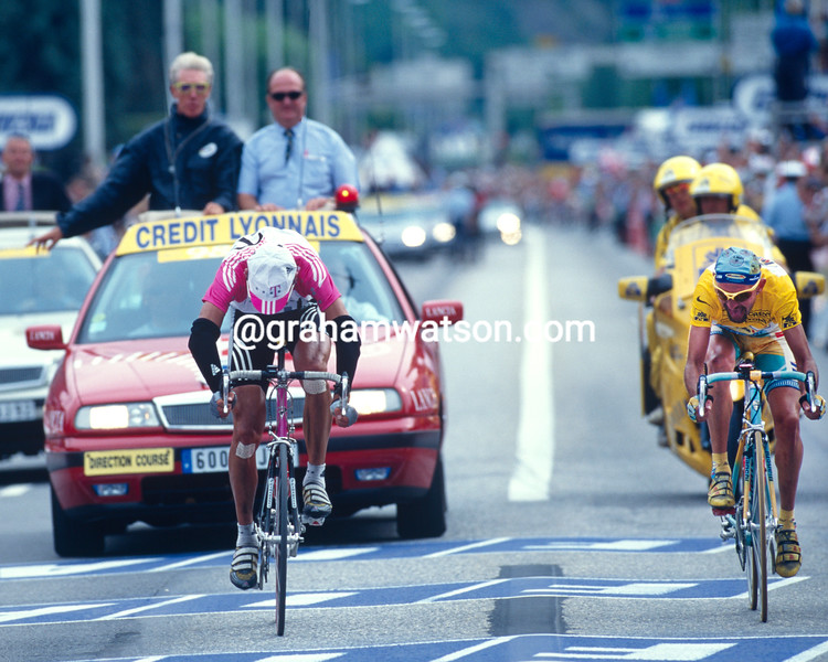 Jan Ullrich and Marco Pantani in the 1998 Tour de France