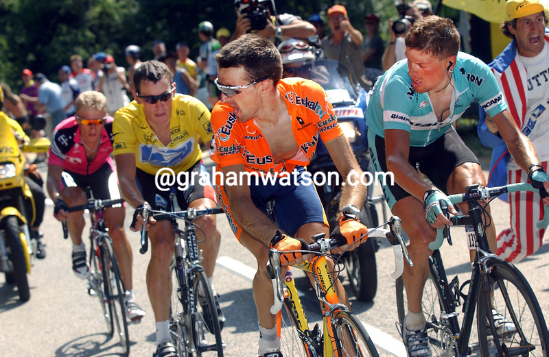 Haimar Zubeldia leads Jan Ullrich and Lance Armstrong in the 2003 Tour de France