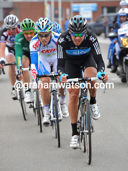 JEREMY HUNT LEADS AN ESCAPE IN THE 2011 TOUR OF FLANDERS