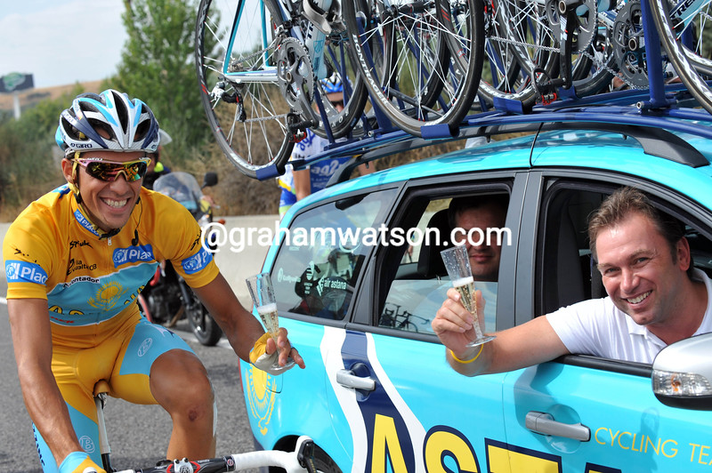 alberto contador AND JOHAN BRUYNEEL ON STAGE TWENTY ONE OF THE 2008 TOUR OF SPAIN in MADRID