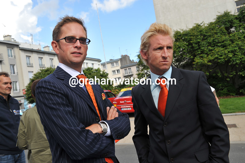 Jonathan Vaughters and Matt White before the 2008 Tour de France
