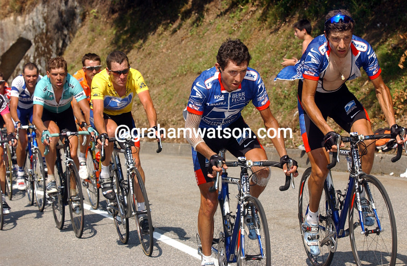ROBERTO HERAS AND JOSE LUIS RUBIERA WITH LANCE ARMSTRONG AT THE 2003 TOUR DE FRANCE
