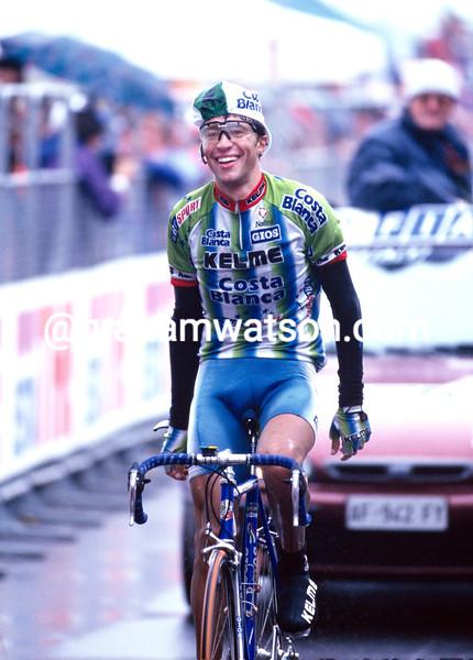 Jose-Luis Rubiera wins a stage of the Giro d'Italia