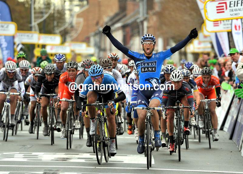 Juan Jose Haedo wins the 2012 G.P.Denain