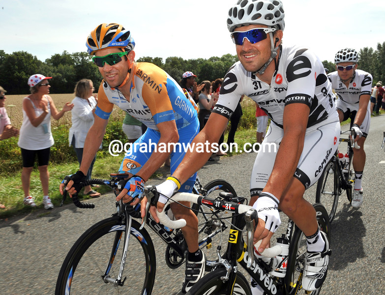 JULIAN DEAN AND HAYDEN ROULSTON ON STAGE TWENTY ONE OF THE 2009 TOUR DE FRANCE