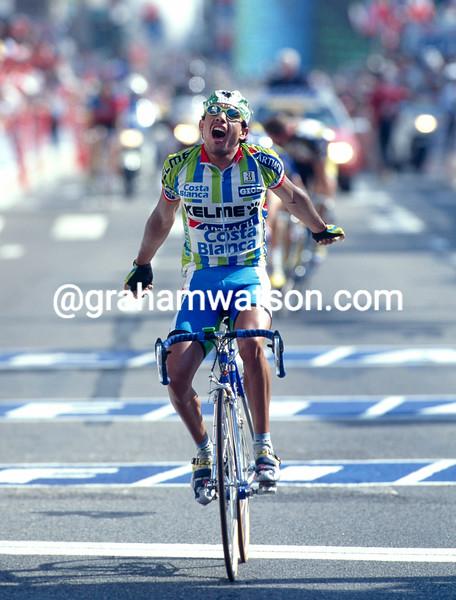 Chepe Gonzalez wins a stage in the 1996 Tour de France