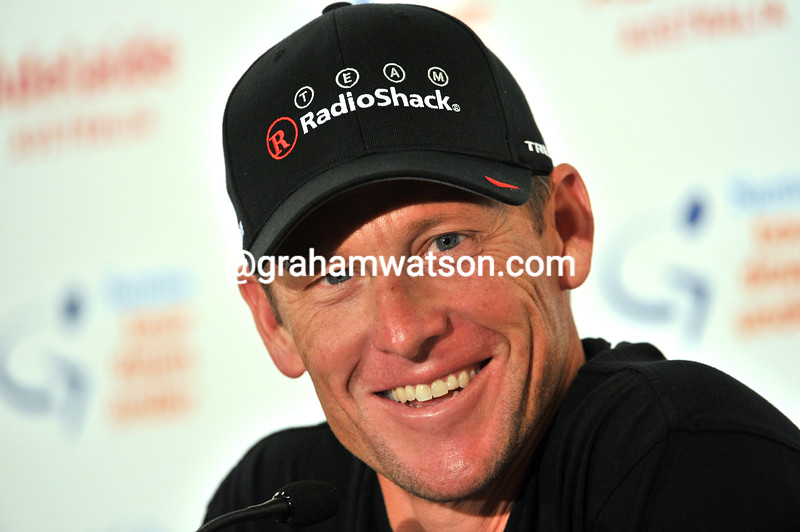 LANCE ARMSTRONG AND THE RADIO SHACK TEAM