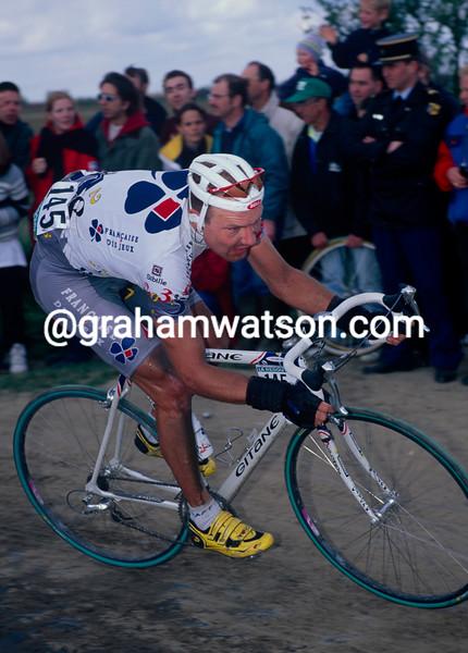 Lars Michaelsen in the 1997 Paris-Roubaix