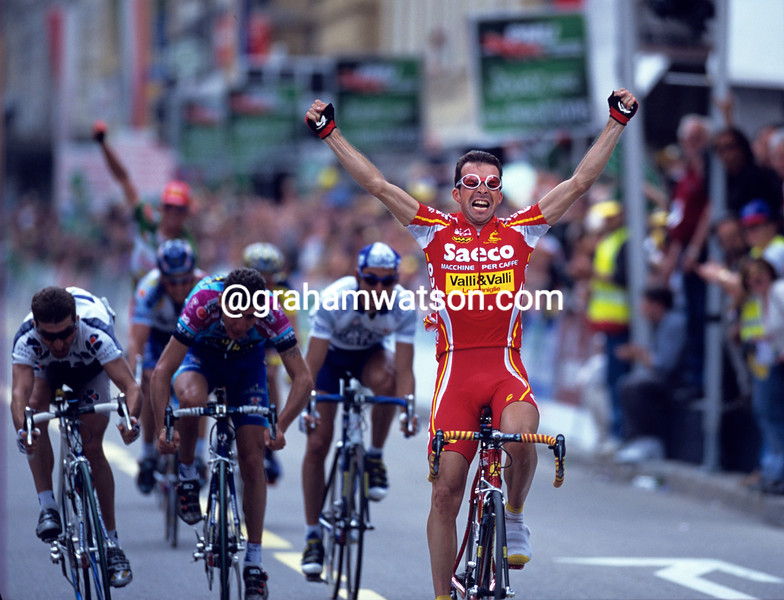 Laurent Dufaux wins a stage of the 1998 Tour of Romandy