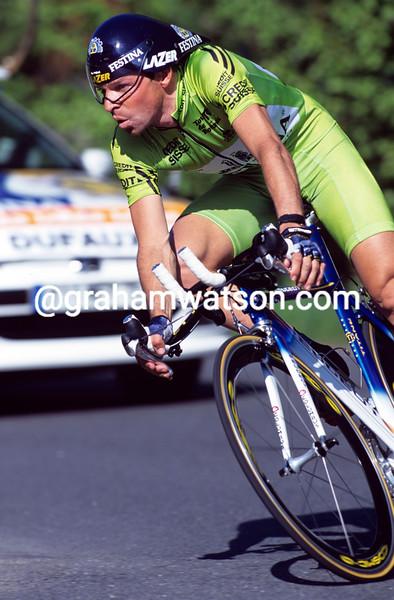 Laurent Dufaux on a stage of the 1997 Tour de Romandie