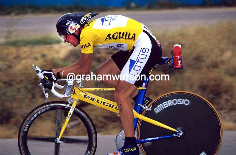 Laurent Dufaux on a stage of the 1997 Tour of Spain