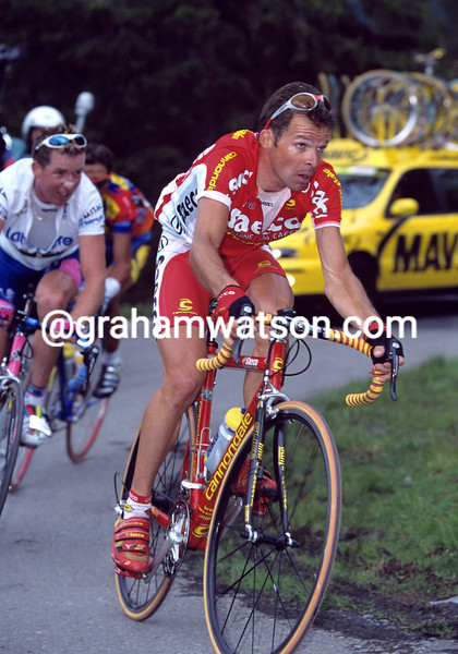 Laurent Dufaux on a stage of the 1998 Tour of Switzerland
