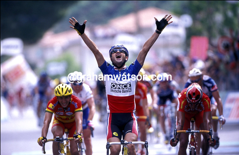 LAURENT JALABERT WINS A STAGE OF THE 1998 GIRO DÕITALIA
