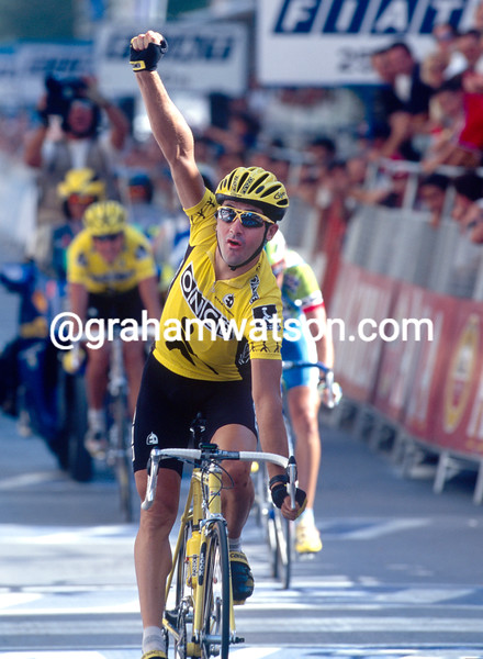 Laurent Jalabert wins a stage in the 1996 Vuelta a Espana