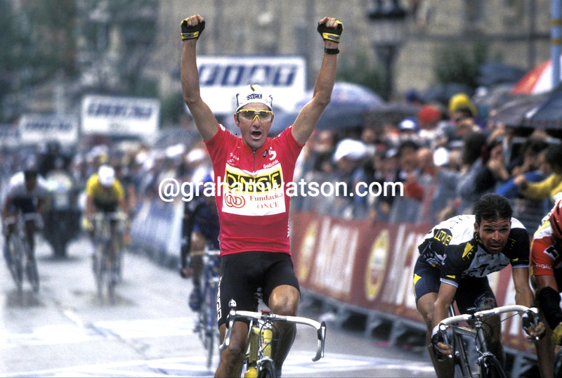 LAURENT JALABERT WINS INTO SEGOVIA IN THE 1996 TOUR OF SPAIN