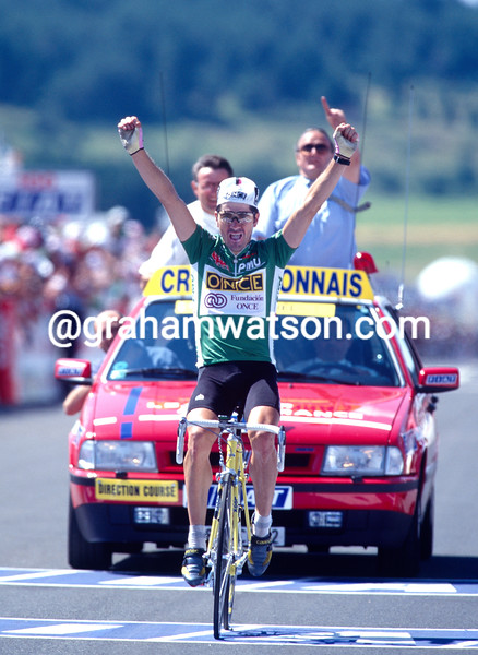 Laurent Jalabert wins a stage in the 1995 Tour de France