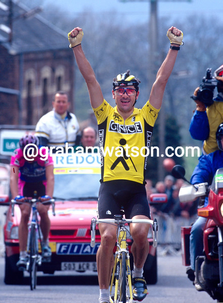 Laurent Jalabert wins the 1995 Fleche Wallonne