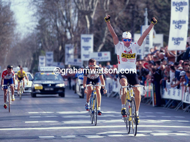 Laurent Jalabert wins a stage into Sisteron in the 1995 Paris-Nice