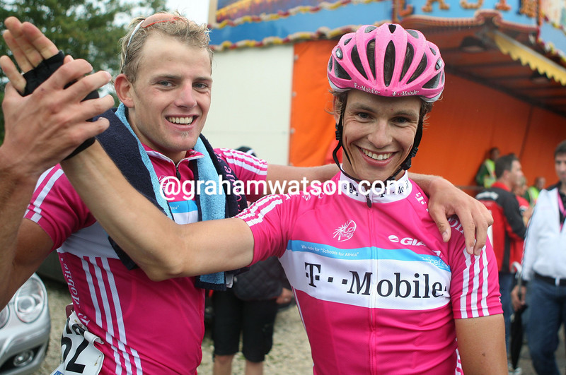 LINUS GERDEMANN AND GERALD CIOLEK AFTER STAGE SEVEN OF THE GERMANY TOUR