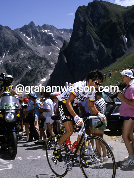 Luis Herrera in the 1990 Tour de France
