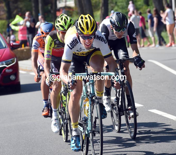 Maarten Tjallingii escapes on stage three of the 2016 Giro d'Italia