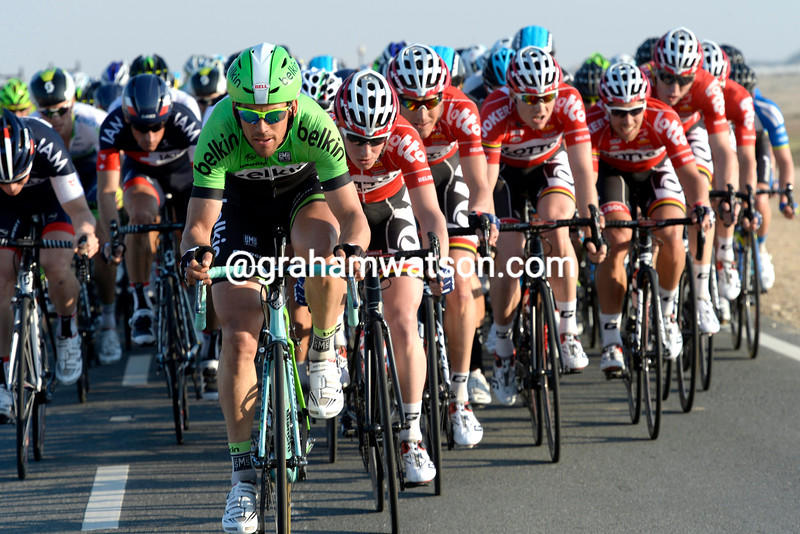 Belkin chases on stage five of the 2014 Tour of Qatar