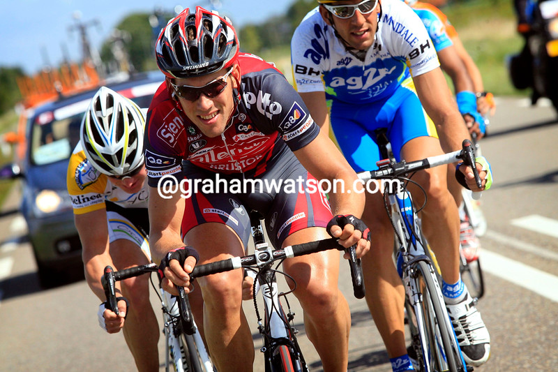 MAARTEN TJALLINGII LEADS AN ESCAPE ON STAGE THREE OF THE 2008 ENECO TOUR