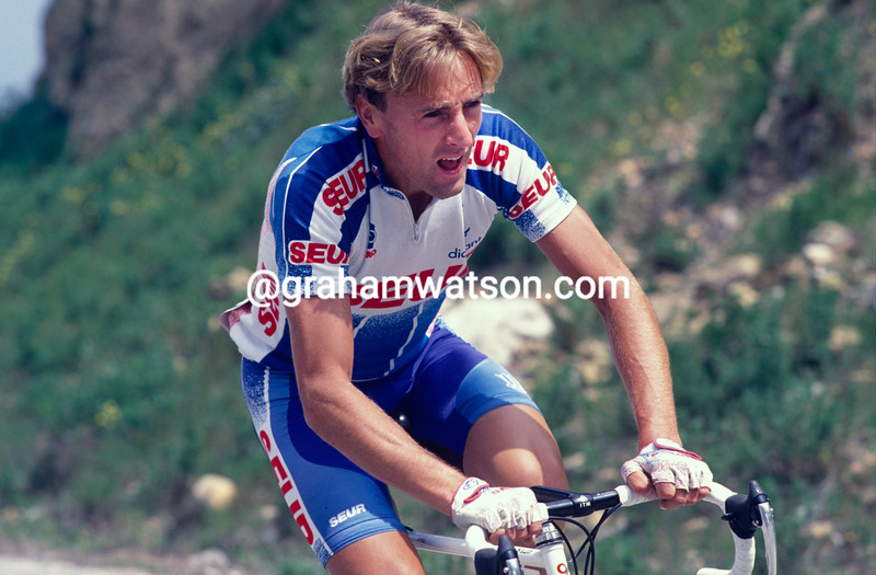 Malcolm Elliott in the 1990 Tour of Spain