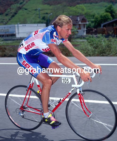 Malcolm Elliott in the 1989 Tour of Spain