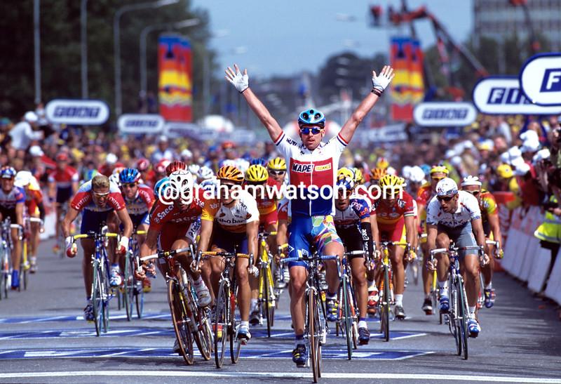 Jan Svorada wins a stage of the 1998 Tour de France