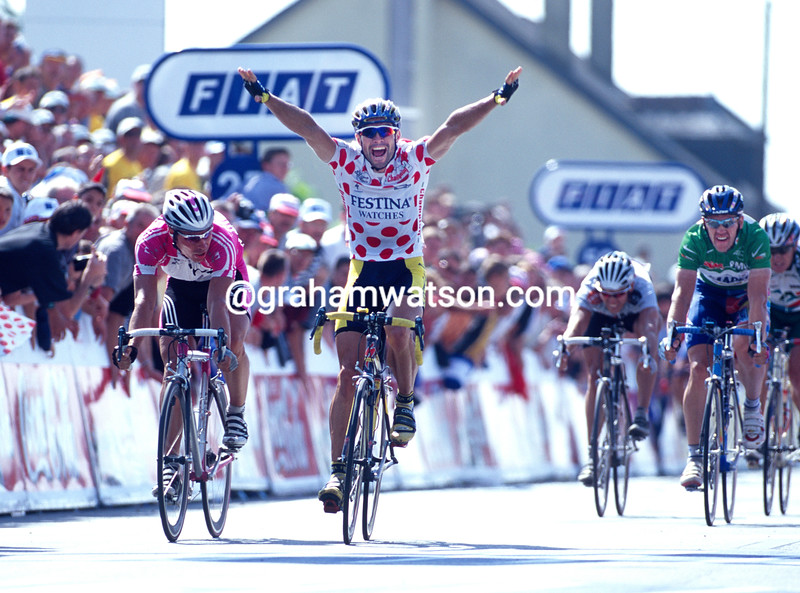 Marcel Wust wins a stage in the 2000 Tour de France