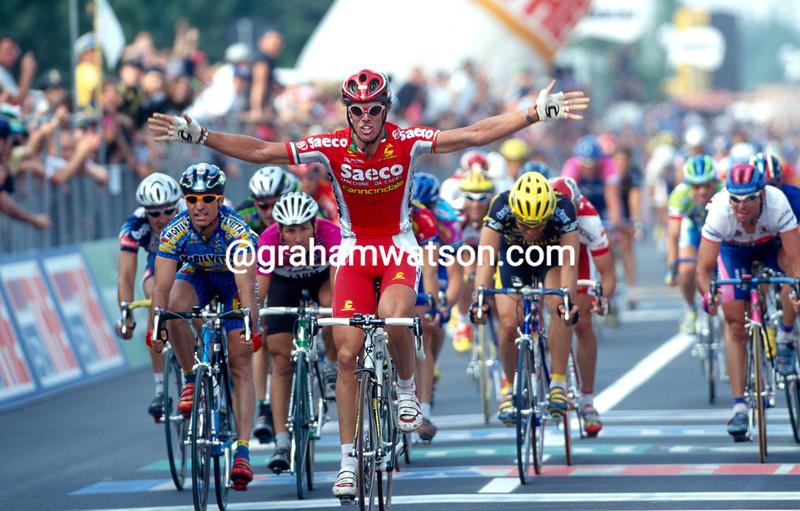 Mario Cipollini wins a stage of the 1997 Giro d'Italia