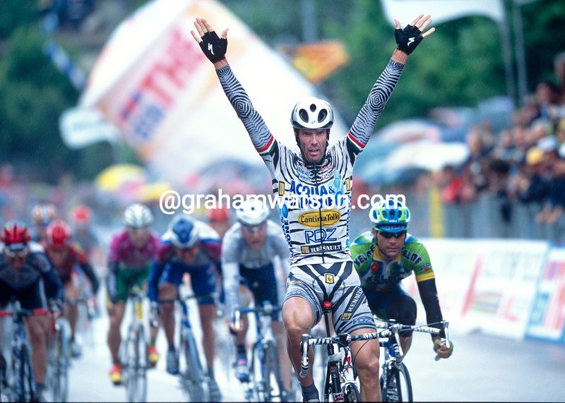 Mario Cipollini in the 2002 Giro d'Italia