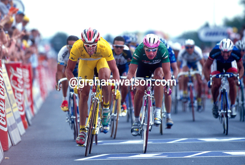 Mario Cipollini sprints against Erik Zabel in the 1997 Tour de France