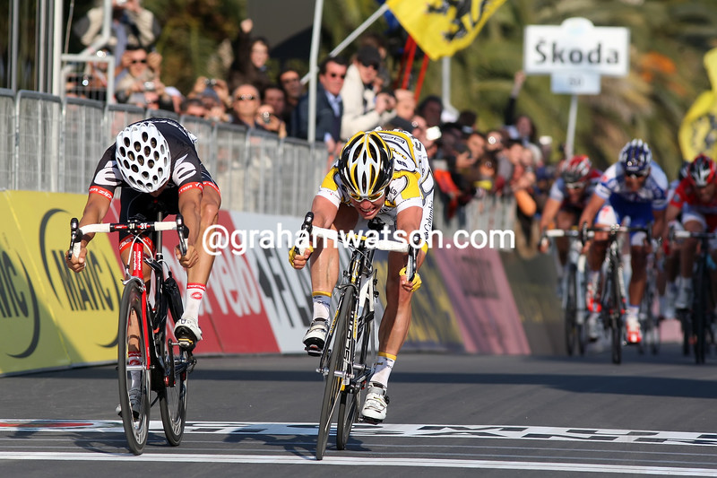 MARK CAVENDISH WINS THE 2009 MILAN SAN REMO
