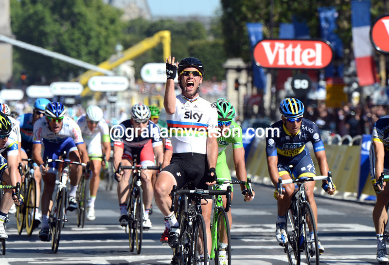 Mark Cavendish wins stage twenty of the 2012 Tour de France