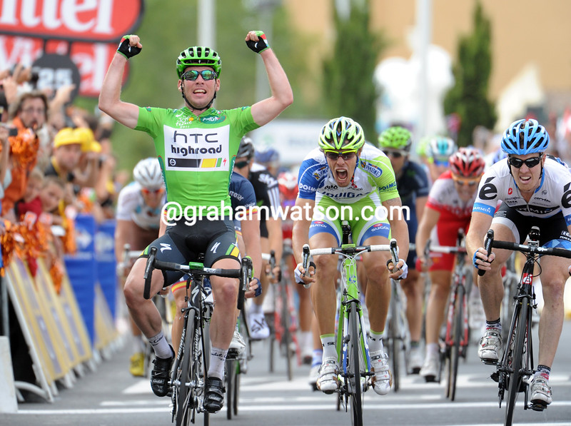 MARK CAVENDISH WINS STAGE FIFTEEN OF THE 2011 TOUR DE FRANCE