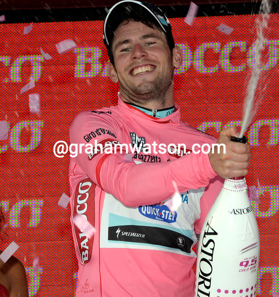 Mark Caverndish wins stage one at the 2013 Giro d'Italia