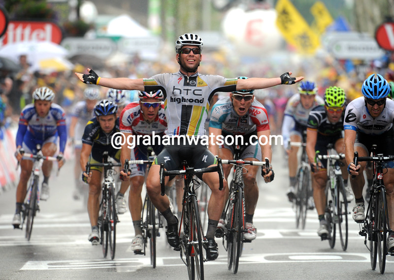 MARK CAVENDISH WINS STAGE ELEVEN OF THE 2011 TOUR DE FRANCE