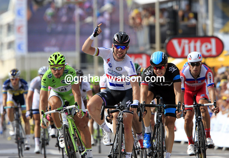 Mark Cavendish wins stage five of the 2013 Tour de France