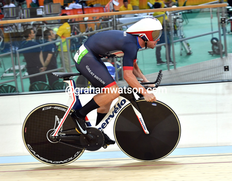 Mark Cavendish in the mens omnium at the 2016 Olympic Games