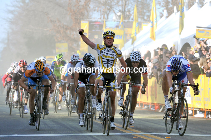 MARK CAVENDISH WINS STAGE FOUR OF THE 2009 TOUR OF CALIFORNIA