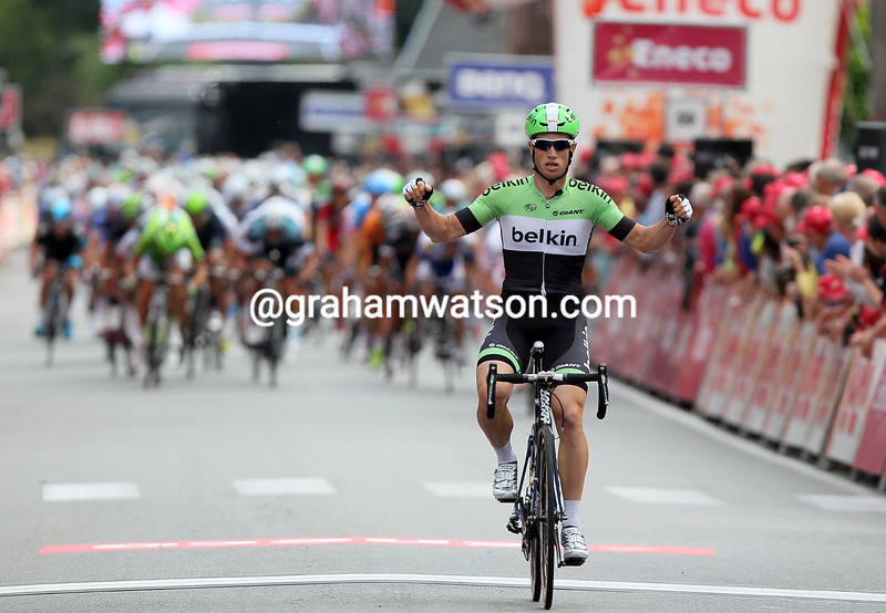 Mark Renshaw wins stage one of the 2013 Eneco Tour
