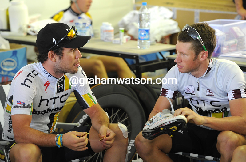 MARK RENSHAW AND MARK CAVENDISH BEFORE THE 2011 TOUR OF QATAR