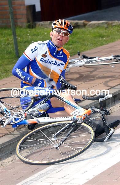 Martin Den Bakker crashes in the 2003 Paris-Roubaix