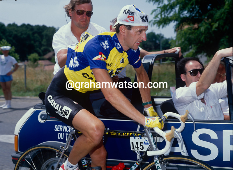 Martin Earley in the 1990 Tour de France