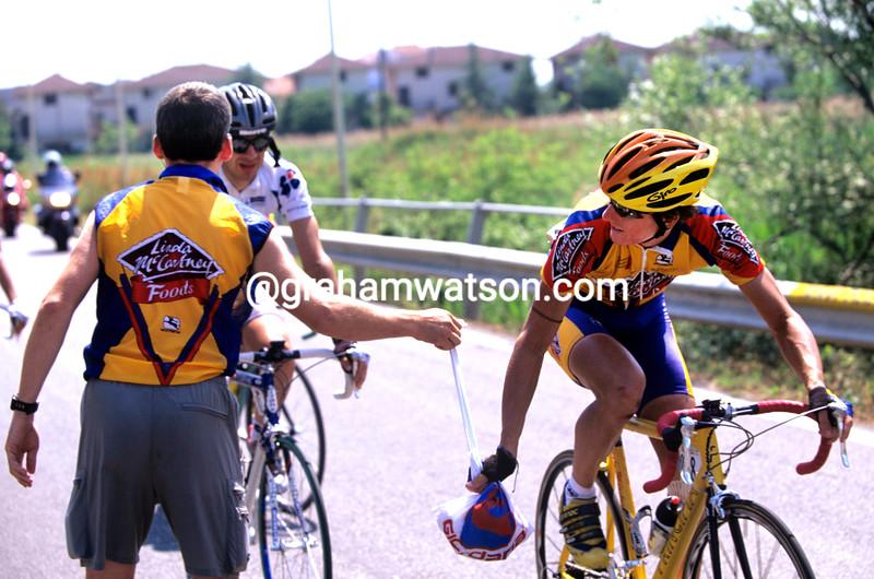 Matt Stephens and Adrian Timmis in the 2000 Giro d'Italia